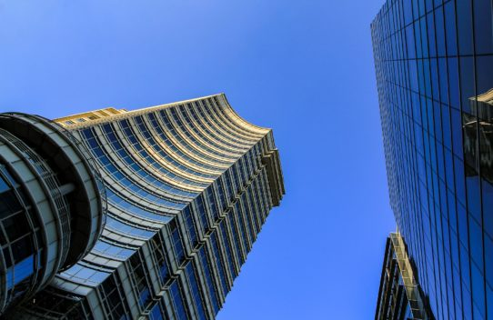 Prospektständer für Unternehmen – Arbeit und Leben kombinieren